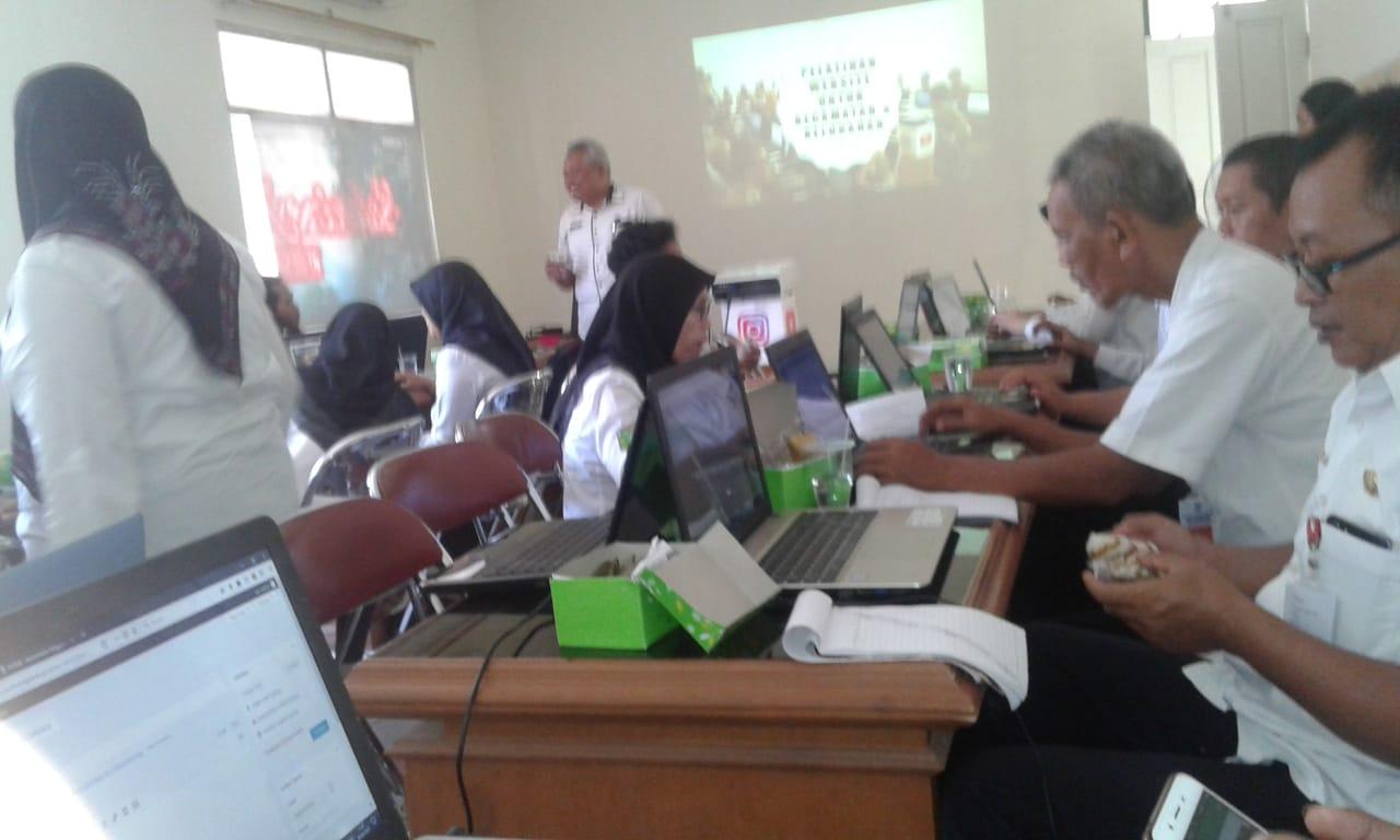 Kecamatan Padamara mengikuti Pelatihan Website Di Dinkominfo Purbalingga