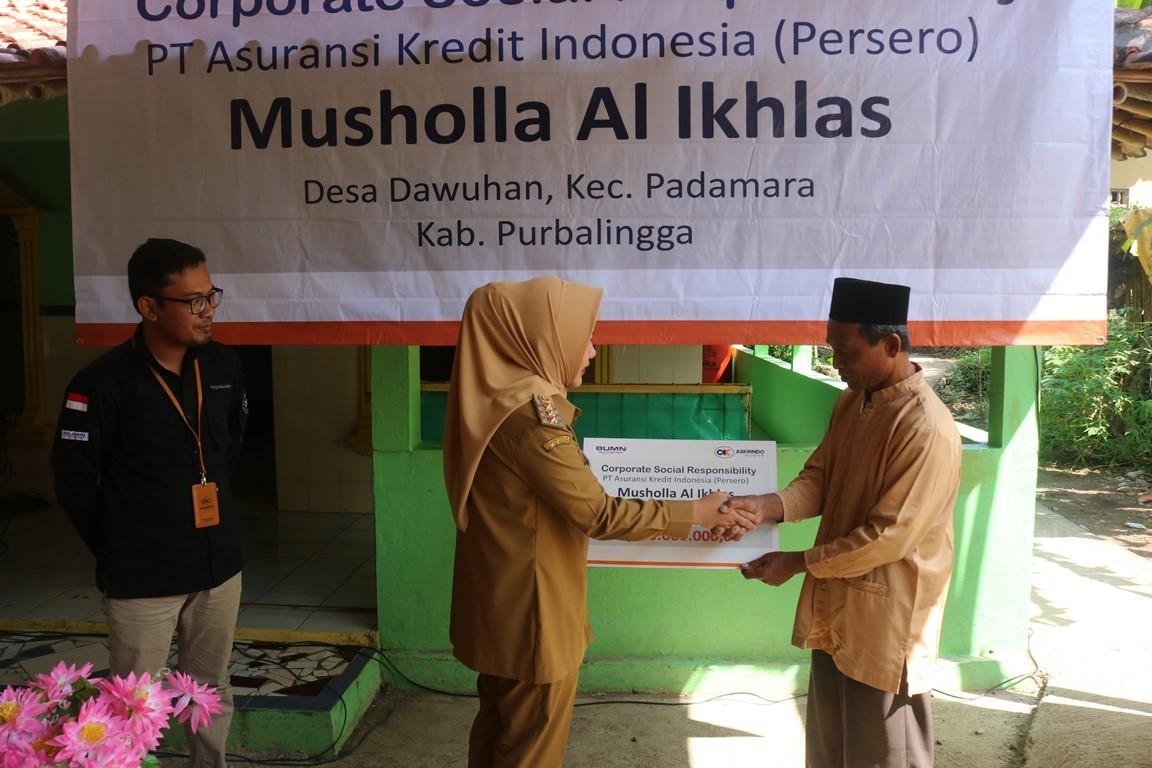 Askrindo Berikan CSR Kepada Dua Mushola di Purbalingga
